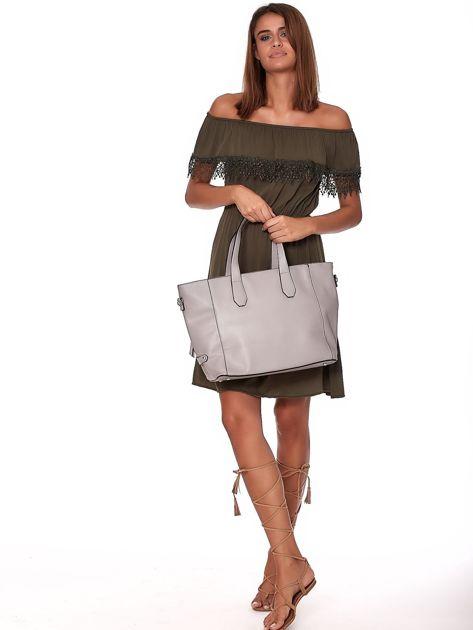 Szara torba shopper z ażurowaniem i odpinanym paskiem                              zdj.                              1