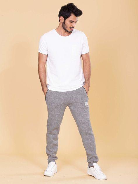 Szare ocieplane spodnie dresowe męskie                              zdj.                              4