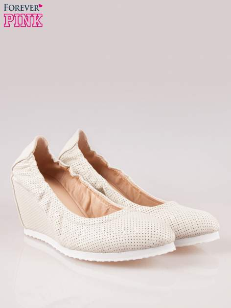 Szare siateczkowe buty na koturnie                                  zdj.                                  2
