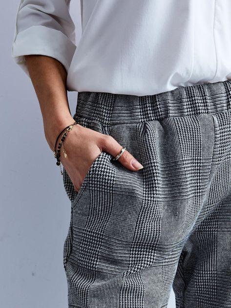 Szare spodnie 7/8 w kratę                              zdj.                              5