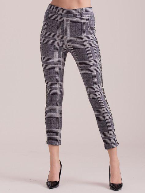 Szare spodnie w kratę z lampasami                              zdj.                              3