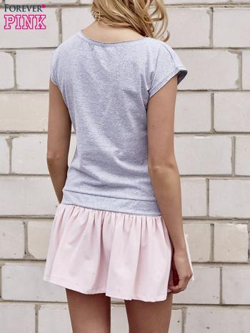 Szaro-różowa dresowa sukienka tenisowa z kieszonką                                  zdj.                                  4