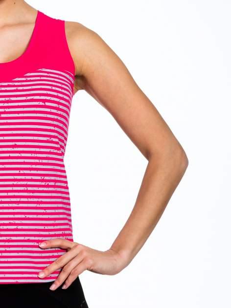 Szaro-różowy top sportowy w paski z karczkiem                                  zdj.                                  4