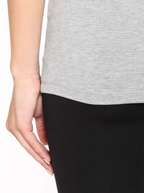 Szary gładki top na szerokich ramiączkach                                  zdj.                                  10
