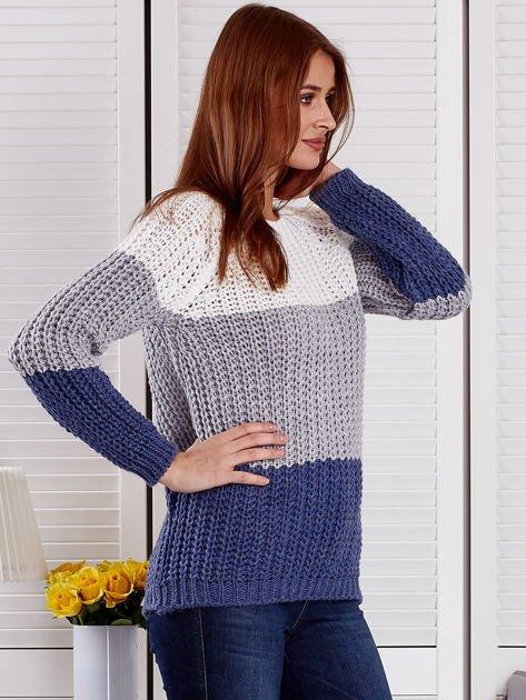 Szary sweter o szerokim splocie                              zdj.                              5