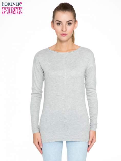 Szary sweter z dłuższym tyłem i rozporkami po bokach                                  zdj.                                  1