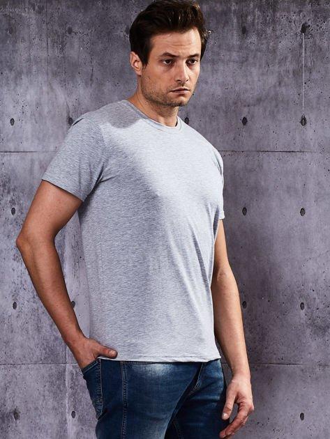 Szary t-shirt męski basic                              zdj.                              4