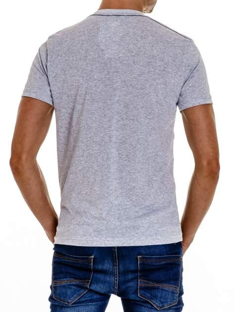 Szary t-shirt męski z napisem BROOKLYN ATHLETIC UNIVERSITY                                  zdj.                                  3