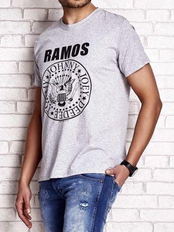 Szary t-shirt męski z napisem RAMOS i nadrukiem                                  zdj.                                  4