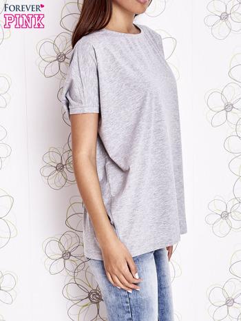 Szary t-shirt oversize                                  zdj.                                  3