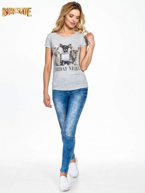 Szary t-shirt z nadrukiem szczeniąt                                  zdj.                                  6