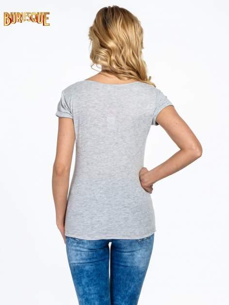 Szary t-shirt z nadrukiem szczeniąt                                  zdj.                                  4