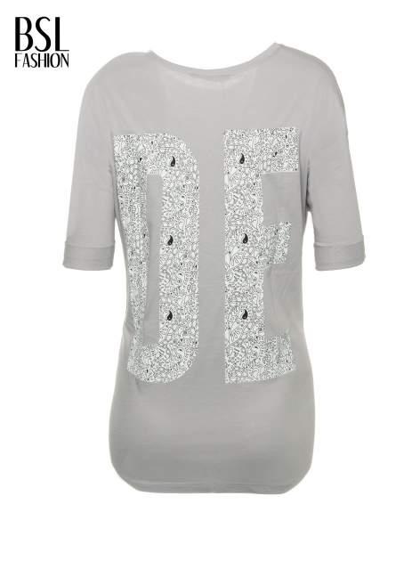 Szary t-shirt z nadukiem DUDE z przodu i na plecach                                  zdj.                                  3