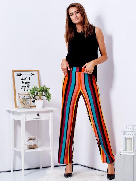 Szerokie spodnie w kolorowe pasy                                  zdj.                                  4