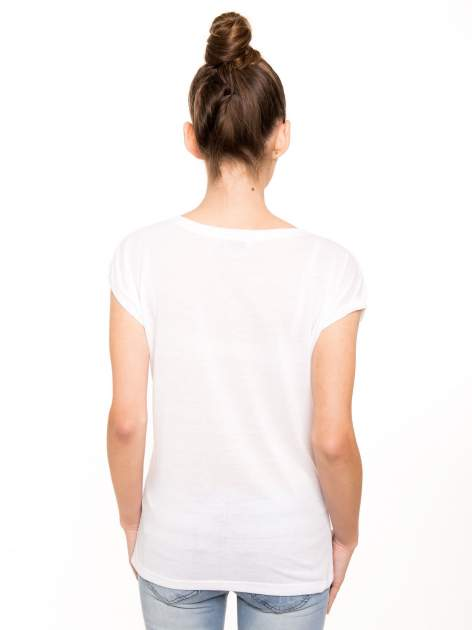 T-shirt NEW YORK z pastelowym floral printem                                  zdj.                                  3