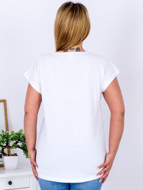 T-shirt biały z różą PLUS SIZE                              zdj.                              2