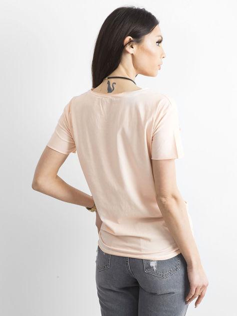 T-shirt damski z kolorowymi pomponikami jasnoróżowy                              zdj.                              2
