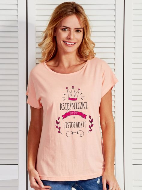 T-shirt damski z nadrukiem KSIĘŻNICZKA łososiowy                              zdj.                              1