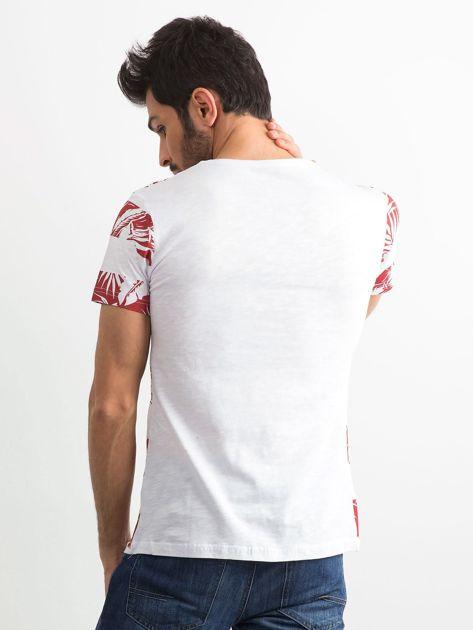 T-shirt męski z nadrukiem roślinnym biało-czerwony                              zdj.                              2