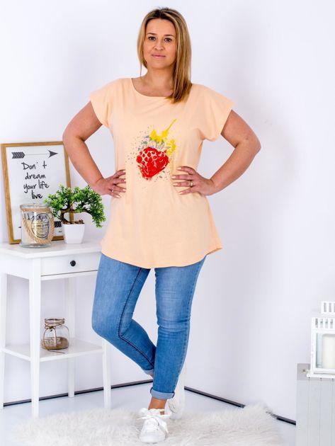 T-shirt pomarańczowy z truskawką PLUS SIZE                                  zdj.                                  4