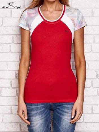 T-shirt z nadrukiem motyli koralowy                              zdj.                              1