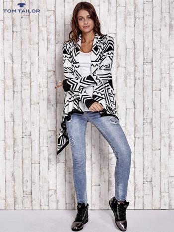 TOM TAILOR Biały asymetryczny sweter w graficzne wzory                                  zdj.                                  4