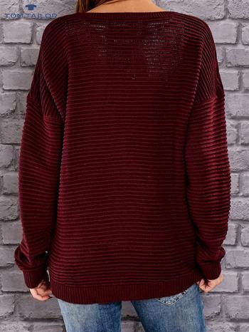 TOM TAILOR Bordowy prążkowany sweter                                  zdj.                                  3