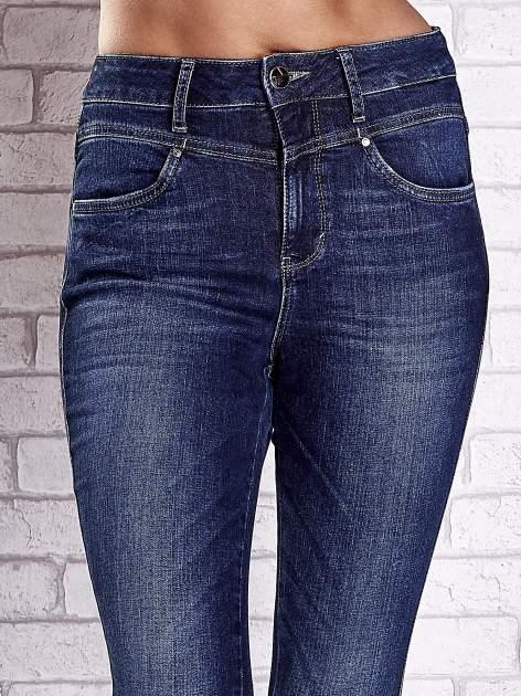 TOM TAILOR Ciemnoniebieskie przecierane spodnie jeansowe                                  zdj.                                  4