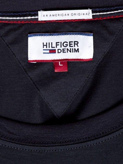 TOMMY HILFIGER Czarny t-shirt męski z napisem                               zdj.                              6