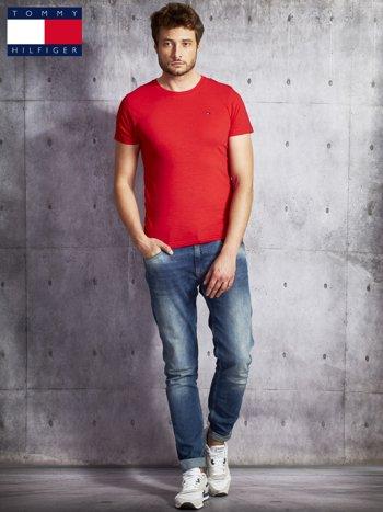 TOMMY HILFIGER Czerwony t-shirt męski                               zdj.                              4