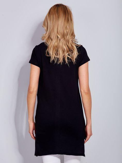 Tunika bawełniana czarna z nadrukiem w stylu fashion                              zdj.                              3