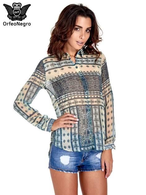 Turkusowa koszula we wzory w stylu etno