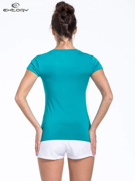 Turkusowy t-shirt sportowy termoaktywny                                  zdj.                                  3