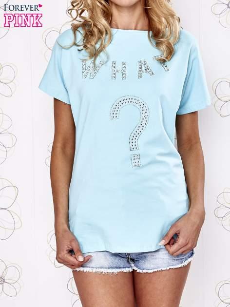 Turkusowy t-shirt z napisem i trójkątnym wycięciem na plecach                                  zdj.                                  1