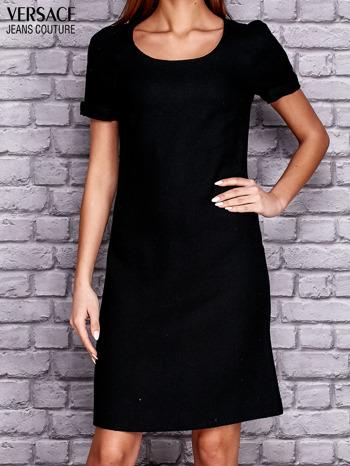 VERSACE Czarna sukienka z przeszyciami                                  zdj.                                  1