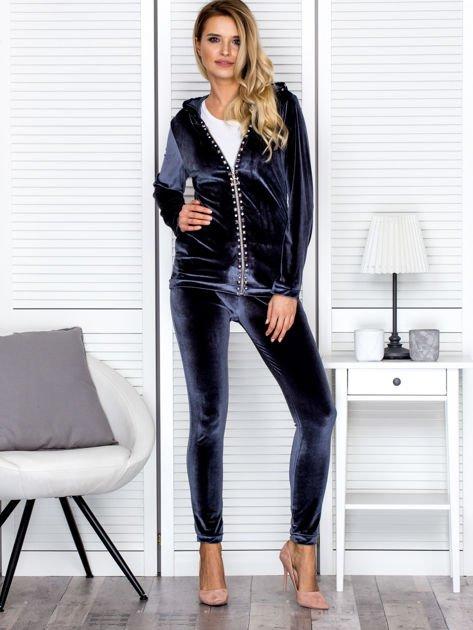 Welurowa bluza damska z diamencikami przy suwaku ciemnoszara                              zdj.                              4