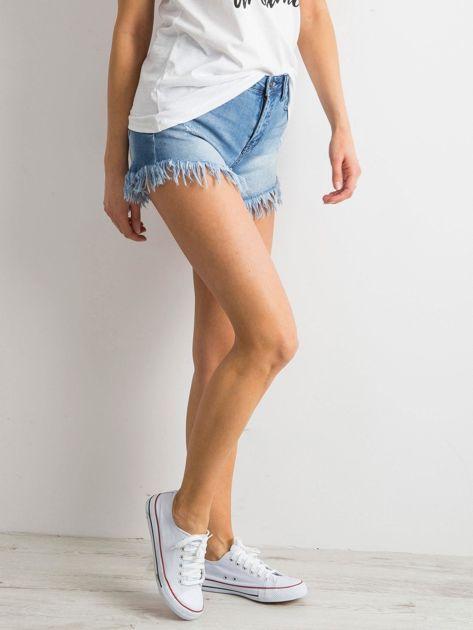 Wystrzępione szorty jeansowe niebieskie                              zdj.                              3