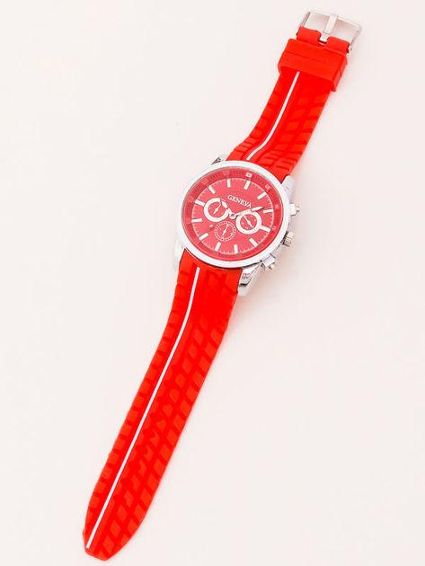 Zegarek męski czerwony z ozdobnym chronografem i wzorem bieżnika na pasku                               zdj.                              2