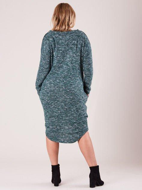 Zielona asymetryczna sukienka PLUS SIZE                              zdj.                              2