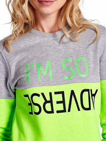 Zielona bluza z napisem I'M SO ADVERSE                                  zdj.                                  5