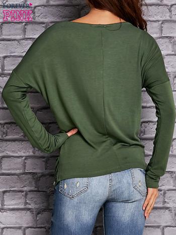 Zielona bluzka z lejącym dekoltem                                  zdj.                                  4
