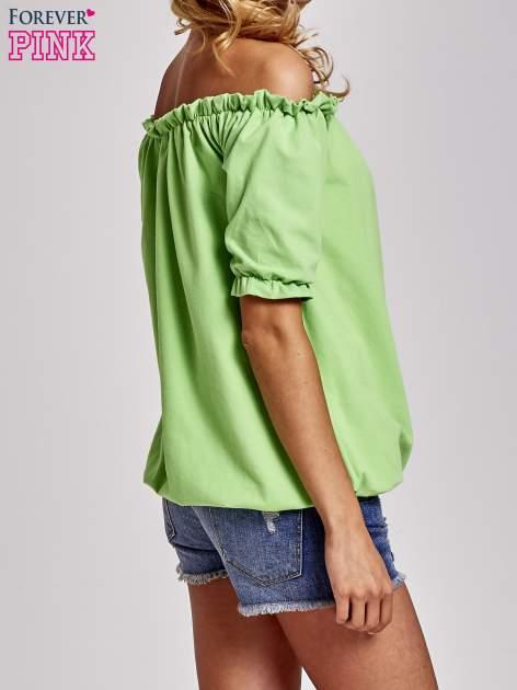 Zielona bluzka z odkrytymi ramionami                                  zdj.                                  4