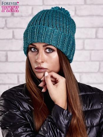 Zielona czapka z metaliczną nicią i pomponem                                  zdj.                                  1