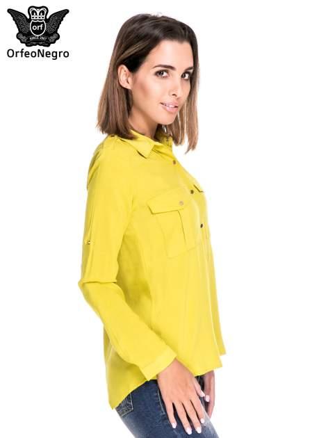 Zielona klasyczna koszula z kieszonkami po bokach                                  zdj.                                  3