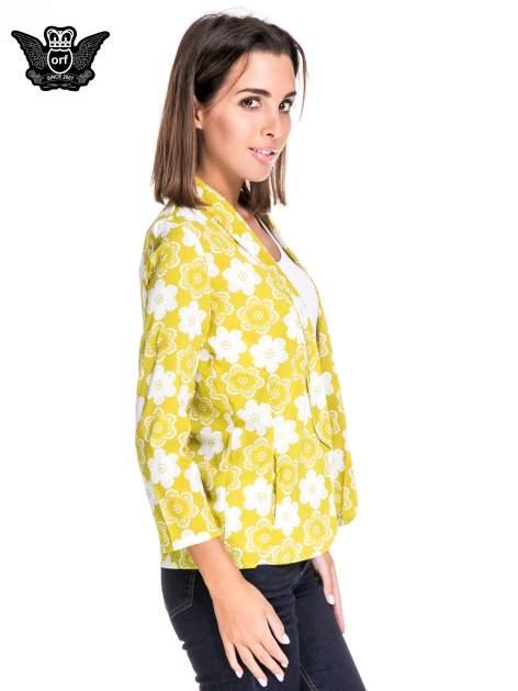 Zielona koszulonarzutka we wzór w kwiaty                                  zdj.                                  3