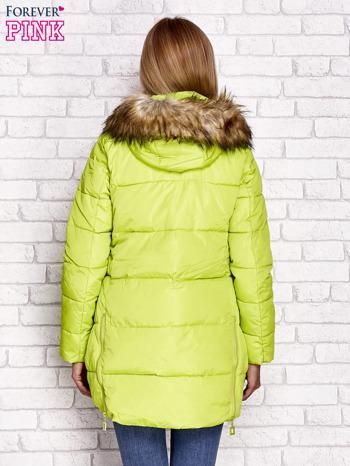 Zielona ocieplana kurtka z guzikami i suwakami                                  zdj.                                  2