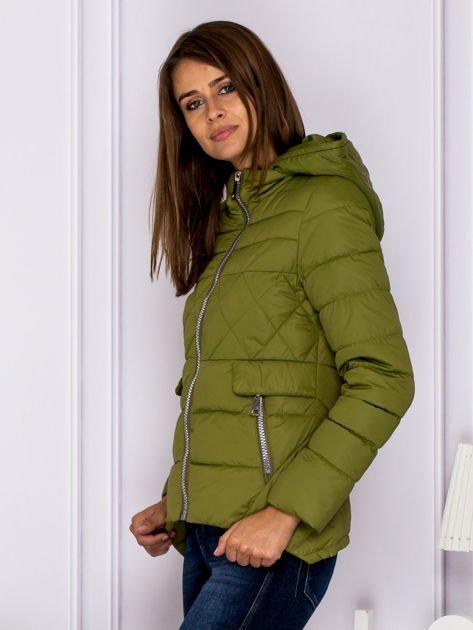 Zielona pikowana kurtka z kapturem                                  zdj.                                  5