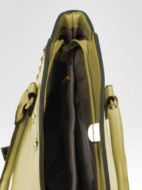 Zielona torebka na ramię z dżetami                                  zdj.                                  9
