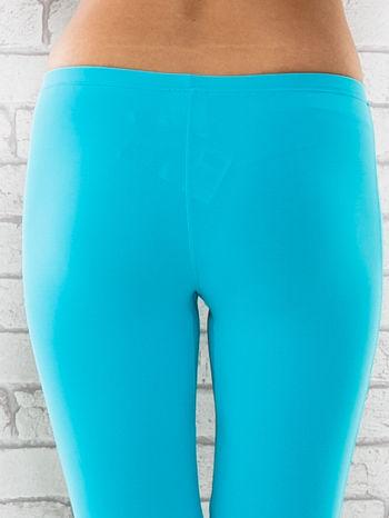 Zielone legginsy sportowe termalne z dżetami na nogawkach                                  zdj.                                  5