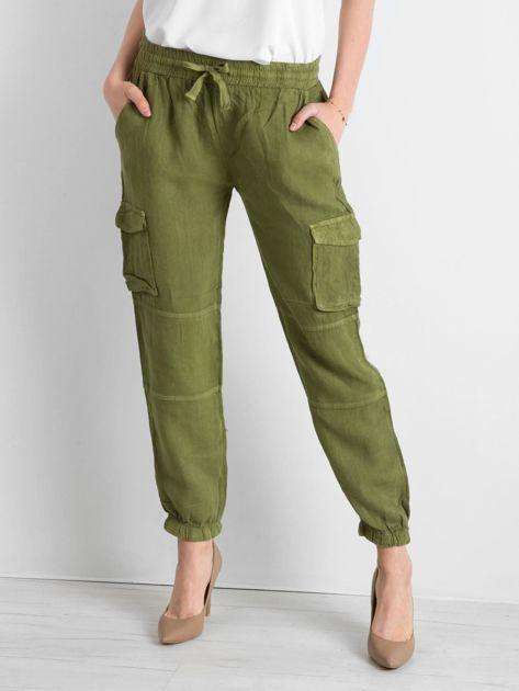 Zielone lniane spodnie cargo                              zdj.                              1